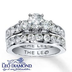 The Center Of This Eye Catching Engagement Ring Features A Trio Leo Diamonds With