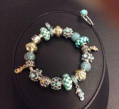PANDORA. Stunning Bracelet with Teal n Two Tone Charms♡ Bracelet Pandora Or Argent Turquoise Bijoux et charms Pandora à retrouver sur www.bijoux-et-charms.fr