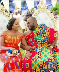 See How Ghanaian Couples Are Rocking This Iconic Super Luxe Big Day Looks in Kente - Wedding Digest Naija African Attire, African Wear, African Women, African Dress, African Outfits, African Style, African Traditional Wedding, Traditional Wedding Dresses, Traditional Weddings