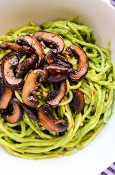 Lean Green Avocado-Spinach Pesto Pasta with Sautéed Mushrooms (vegan, gf) Lean Green Avocado-Spinach Pesto Pasta (vegan, gluten-free) Spinach Pesto Pasta, Avocado Pasta, Pesto Zoodles, Asparagus, Vegan Foods, Vegan Dishes, Whole Food Recipes, Cooking Recipes, Pasta Recipes
