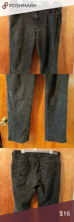 """Black Straight Leg Levi's 14 Jeans Levi's 505 Straight Leg .10"""" rise  Bundle and Dave with 2 or more items in my closet! $3    are free with bundle levis Jeans Straight Leg"""