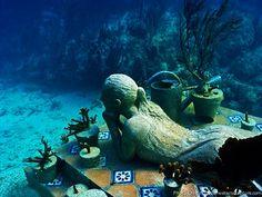 Underwater Sculptures  by Jason de Caires Taylor: Experimental Art