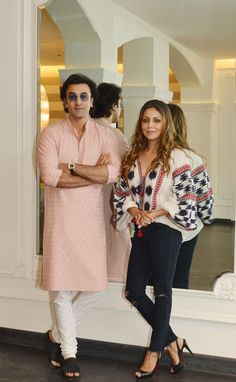 Ranbir Kapoor visits Gauri Khan at her store in town Mens Indian Wear, Indian Groom Wear, Indian Men Fashion, Dope Fashion, Mens Fashion Suits, Wedding Dresses Men Indian, Indian Wedding Wear, Wedding Dress Men, Wedding Attire