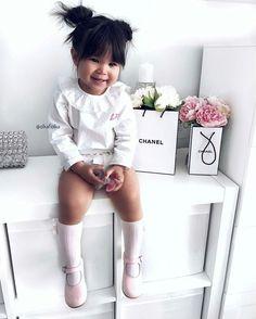 Alee Barros - Rock Baby Names - Ideas of Rock Baby Names - Alee Barros Outfits Niños, Kids Outfits, Cute Baby Dolls, Cute Babies, Baby Girl Fashion, Kids Fashion, Kids Girls, Baby Kids, Little Girl Photography
