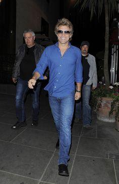 Jon Bon Jovi Photos: Jon Bon Jovi Gets Dinner in West London
