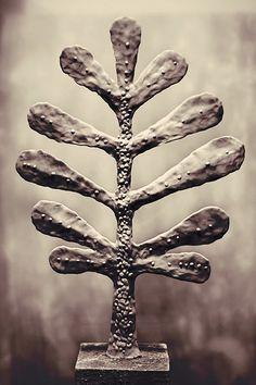 portfolio of conceptual artist sculptor and drawer Marek Maślaniec