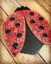 Ladybug Mosaic Large Drink Coaster/ Trivet, 8 inch Coaster with Red and Black Stained Glass Hot Plate Mosaic Vase, Mosaic Birds, Mosaic Wall Art, Mosaic Diy, Mosaic Garden, Mosaic Crafts, Mosaic Projects, Tile Art, Mosaic Designs