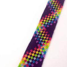 Thread Bracelets, Beaded Bracelets, Loom Beading, Beading Patterns, Diy Friendship Bracelets Patterns, Bracelet Crafts, Fuse Beads, Bracelet Tutorial, Bracelet Designs
