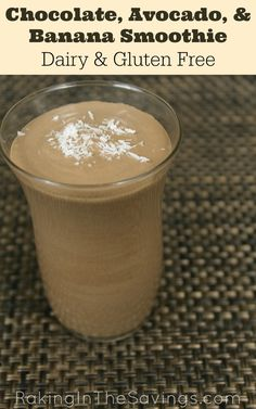 This delicious Chocolate Avocado and Banana Smoothie recipe is dairy free gluten free and with a simple tweak works for Paleo too! Smoothies are a nutritious way to start the day and with the chocolate in this one the kids will think they are having desse Juice Smoothie, Smoothie Drinks, Breakfast Smoothies, Healthy Smoothies, Healthy Drinks, Paleo Smoothie Recipes, Healthy Nutrition, Smoothies Banane, Chocolate Smoothies
