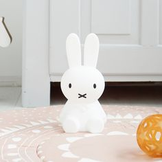 This LED light (with four levels of brightness) modeled after Dick Bruna's pop-culture icon is now made of silicone in a smaller size high) and is rechargeable via USB. Perfect for a kids' bedroom or for a fun flourish in the adult's living room. Account History, Light Table, Girl Room, Baby Room, Flourish, Kids Bedroom, 5 D, Pop Culture, Hello Kitty