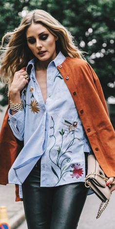 OLIVIA PALERMO STYLE. Leather pamts and floral shirt