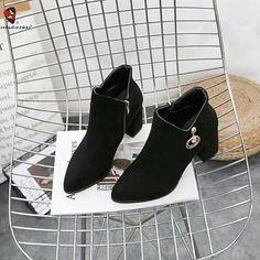 Korean Shoes, Character Shoes, Dance Shoes, Facebook, Fashion, Dancing Shoes, Moda, La Mode, Fasion