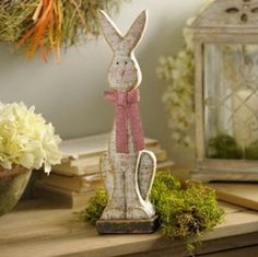 How to Make Memorable Easter Decorations. We have creative ideas for those who love to create and decorate for the Easter holiday season. http://stagetecture.com/make-memorable-easter-decorations/ #Easter #decorating #flowers