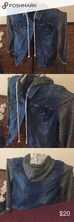 Cute jean jacket with sweatshirt sleeves Cute jeans jacket with sweater shirt sleeves and good, button up like new. Size medium juniors Mossimo Supply Co Jackets & Coats Jean Jackets