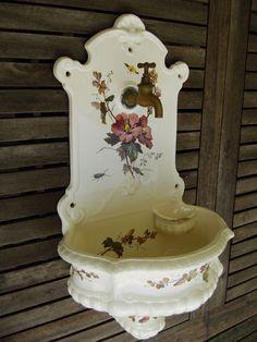 Antikes Handwaschbecken, Wandbrunnen, Villeroy&Boch, Original 1910-14, Serie 345