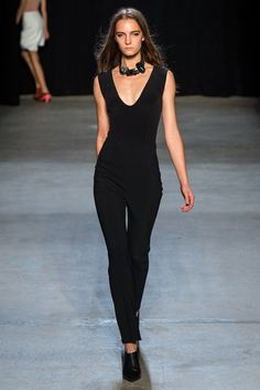 Narciso Rodriguez Spring 2015 Ready-to-Wear - Collection - Gallery - Look 1 - SaNarciso Rodriguez Spring 2015tyle.com