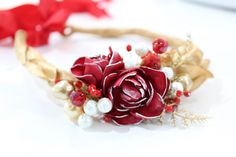 Wedding Rings, Brooch, Engagement Rings, Jewelry, Flowers In Hair, Crown Cake, Brooch Pin, Rings For Engagement, Jewlery