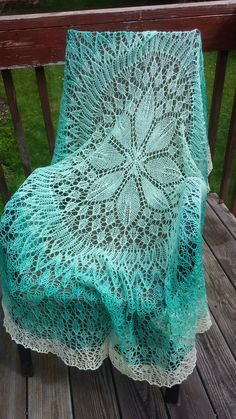 Ravelry: Addiction by Threebagsfulled