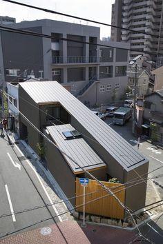 井上久実設計室 の オリジナルな 家 外観3