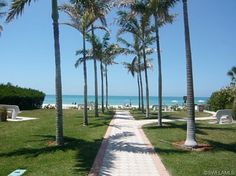 Olde Naples - 8th Street South beach access to the Gulf of Mexico in Naples, Florida