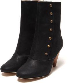 Gold button boots / ShopStyle: サラ ジョーンズ ロンドン Sara Jones London TERENZIO