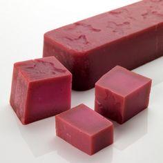 LES FÉES DÉMONIAQUES  Savon rose et sucré comme un bonbon pour se laver les mains et le corps. Voici un savon parfumé comme notre célèbre gel douche de fin d'année, Fée des neiges. Arrêtez dès maintenant de vous laver les mains avec du savon liquide ! Ce n'est pas très bon pour vos mains. Gardez plutôt un morceau parfaitement rose du savon les Fées démoniaques dans votre cuisine pour que vos mains de rêve deviennent réalité.