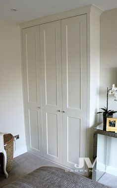 Fitted wardrobe images best for London. Fitted wardrobe images best for London. Bookshelves and cupboards made out of MDF. Alcove Wardrobe, Ikea Wardrobe Hack, Bedroom Built In Wardrobe, Wardrobe Doors, Closet Bedroom, Home Bedroom, Bedroom Decor, Wardrobes For Small Bedrooms, Hallway Cupboards