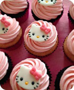 Hello Kitty Cupcakes #hellokitty #cupcakes #kitty