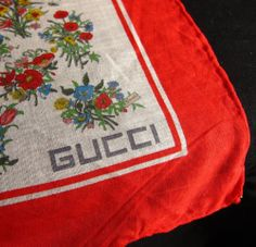 """Gucci Vintage Scarf Handkerchief 18x19"""" 100% Cotton Made in Italy Floral Flowers #Gucci #Floral"""