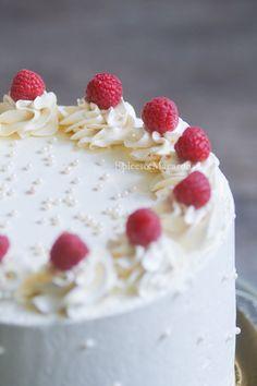 Layer cake framboise chocolat blanc