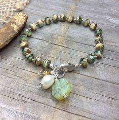 Beaded Bracelet Knotted Bracelet Boho Chic Bracelet Boho #beadedjewelry