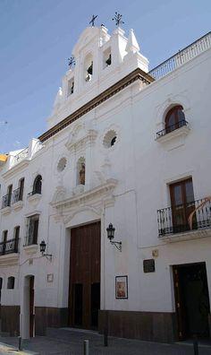 Espadaña de la Capilla de los Marineros (Esperanza de Triana). All About Spain, San Francisco Ferry, Notre Dame, Travel, Anime, World, Vernacular Architecture, Religious Architecture, Sevilla