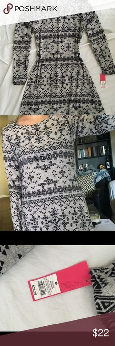 Long sleeve cotton dress Gray with tribal print dress from Target. Never worn Target Dresses Long Sleeve