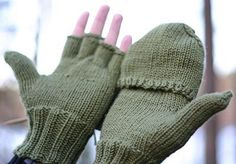 Tornado pattern by Mira Saarentaus Fingerless Gloves Knitted, Knit Mittens, Knitted Hats, Knitting Patterns Free, Free Knitting, Baby Knitting, Free Pattern, Mittens Pattern, Hand Warmers