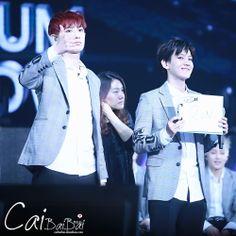140511 EXO Comeback Showcase in Shanghai - Chanyeol & Baekhyun #Chanbaek #Baekyeol