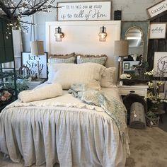 Grace natural bedding в 2019 г. home decor bedroom decor, be Master Bedroom Redo, Warm Bedroom, Magical Bedroom, Bedroom Stuff, Master Bedrooms, Bedroom Wall, Master Suite, Fall Bedroom Decor, Home Decor