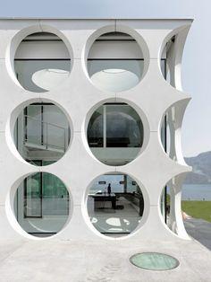 Innova Design: A minimalist home in Switzerland