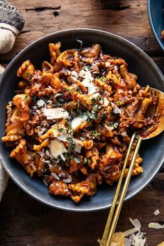 Slow Cooker Pasta, Slow Cooker Recipes, Beef Recipes, Cooking Recipes, Healthy Recipes, Slow Cooker Healthy Soup, Delicious Pasta Recipes, Baked Pasta Recipes, Short Ribs Slow Cooker