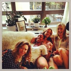 Natasha Lyonne, Samira Wiley, Dascha Polanco and Taylor Schilling ......   LOVE this photo!!! ~ ADC