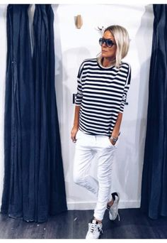 Best Fashion Tips For Women Over 60 - Fashion Trends Mode Outfits, Chic Outfits, Summer Outfits, Fashion Outfits, Womens Fashion, Fashion Trends, Over 60 Fashion, Look Fashion, Mode Chic