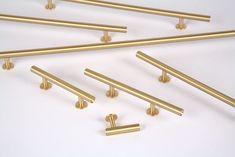 The Round Bar Series from Lewis Dolin Hardware features solid brass Cabinet Knobs &Pulls in a simple geometric round design in multiple lengths. A transitional hardware design that works well in any environment, modern or traditional. Brass Cabinet Hardware, Kitchen Hardware, Cabinet Knobs, Hardware Pulls, Hardware For Cabinets, Gold Hardware, Kitchen Pulls, Gold Kitchen, Kitchen Knobs