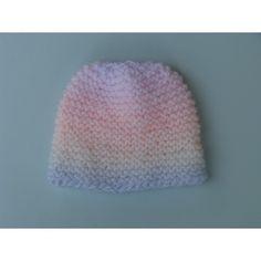 3587391bed0 Brassière cache coeur   chaussons   bonnet pastel douceur. SitSap. Très bel  ensemble 3 pièces tricoté main ...