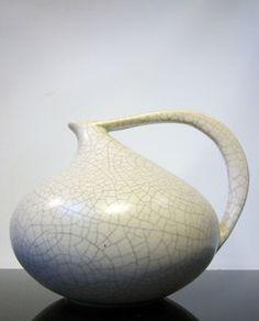 RUSCHA KERAMIK | GERMAN CERAMIC VASE | FORM 313   Ruscha Keramik - west german ceramic vase, Mid Century 1950/60's. Form-Number 313, Design by Kurt Tschörner. Beige-gray craquelling glaze. Impressed Form-Number on the base. Height 15cm, width 19cm.
