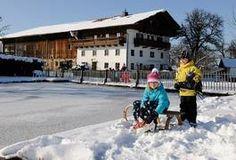 Winter: Schlittschuhlaufen, Rodeln, Eisstock schießen, ... am Seimehof