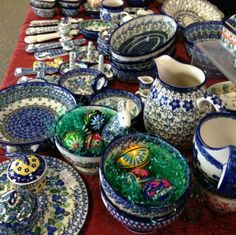 More Polish Pottery in  Big Rock, IL. They ship to all states.