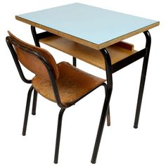 Gentil Small School Desk And Chair, Italy, 1950s   [ A Very Special Travel: Back  To The School Days ]