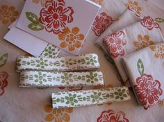 Tutorial :: how to make hand stamped fabric