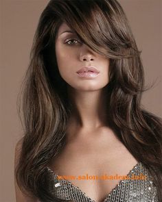 "Каскад на длинные волосы с косой челкой фото #Фото Вернуться в раздел ""Прическа каскад с челкой на длинные волосы"" http://www.salon-akadem.info/kaskad-na-dlinnye-volosy-s-kosoj-chelkoj-foto.php"