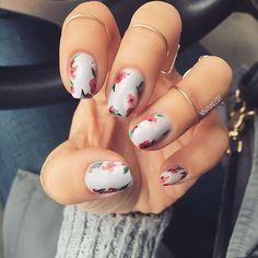 @ninanailedit: matte grey nails with red floral nailart