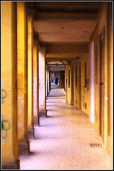 Bologna in agosto - portici